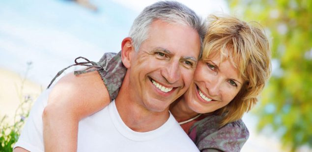 Wills & Trusts happy-couple Estate planning Direct Wills Kingsbury